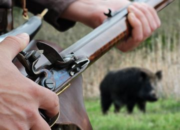 Traditional Muzzle Loader - Hunting with traditional muzzle
